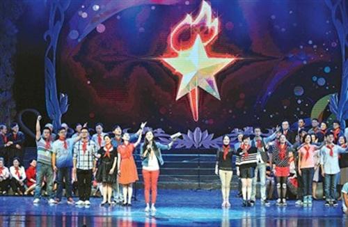 托起少年儿童美的梦想——记中福会少年宫六十周年教育成果展示
