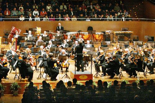响乐团首演《星球大战》